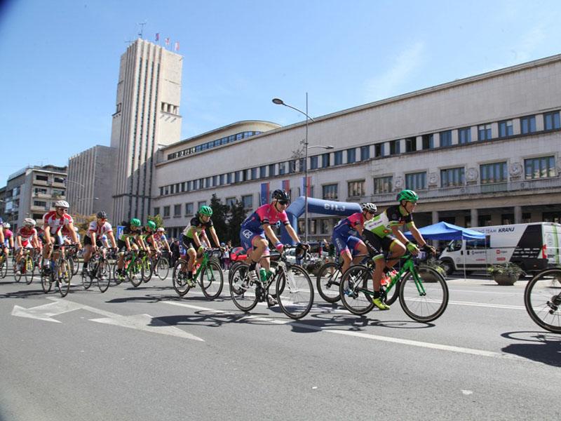 "Почела 38. Међународна бициклистичка трка ""Кроз Војводину"""