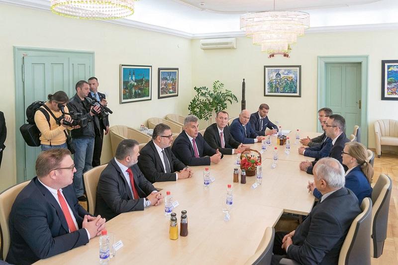 Председник Скупштине Црне Горе посетио Сремске Карловце