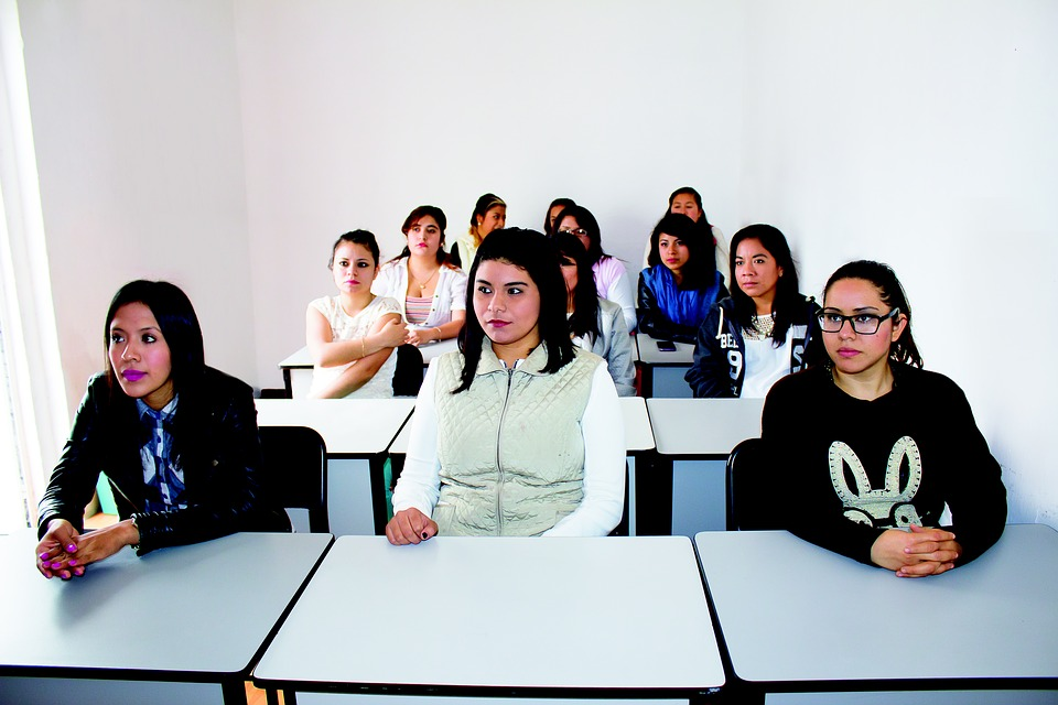 Četvrtina mladih u Srbiji nema ni posao ni školu