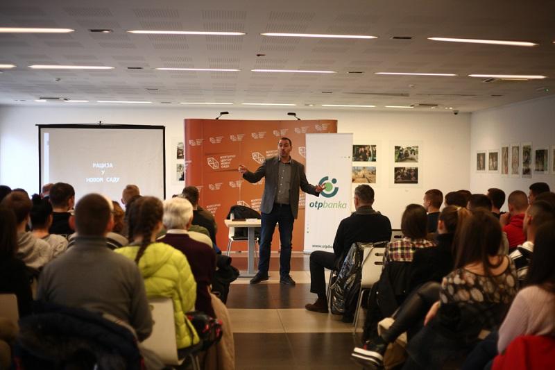Novosadski đaci pokazali veliko interesovanje za predavanje o Novosadskoj raciji