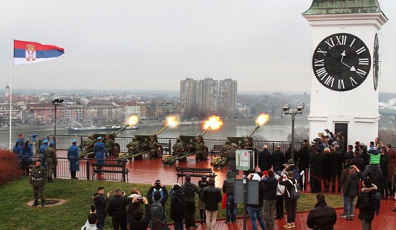 Почасна паљба на Петроварадинској тврђави поводом Дана државности Србије