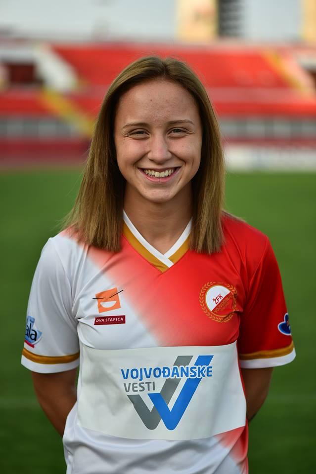 Miljana Ivanović nastupa za Ženski Fudbalski Klub Vojvodina