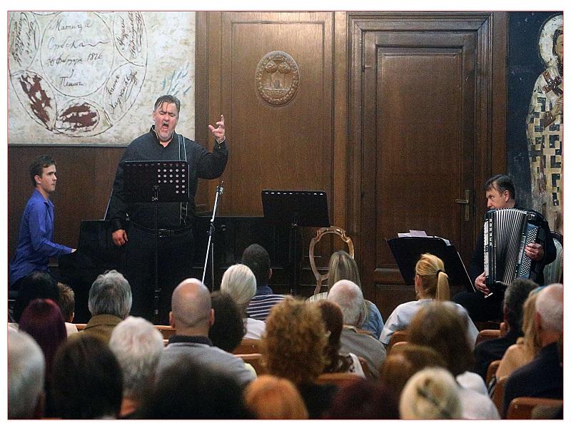 OLUJA DOBRE MUZIKE – povodom muzičkih večeri u Matici Srpskoj