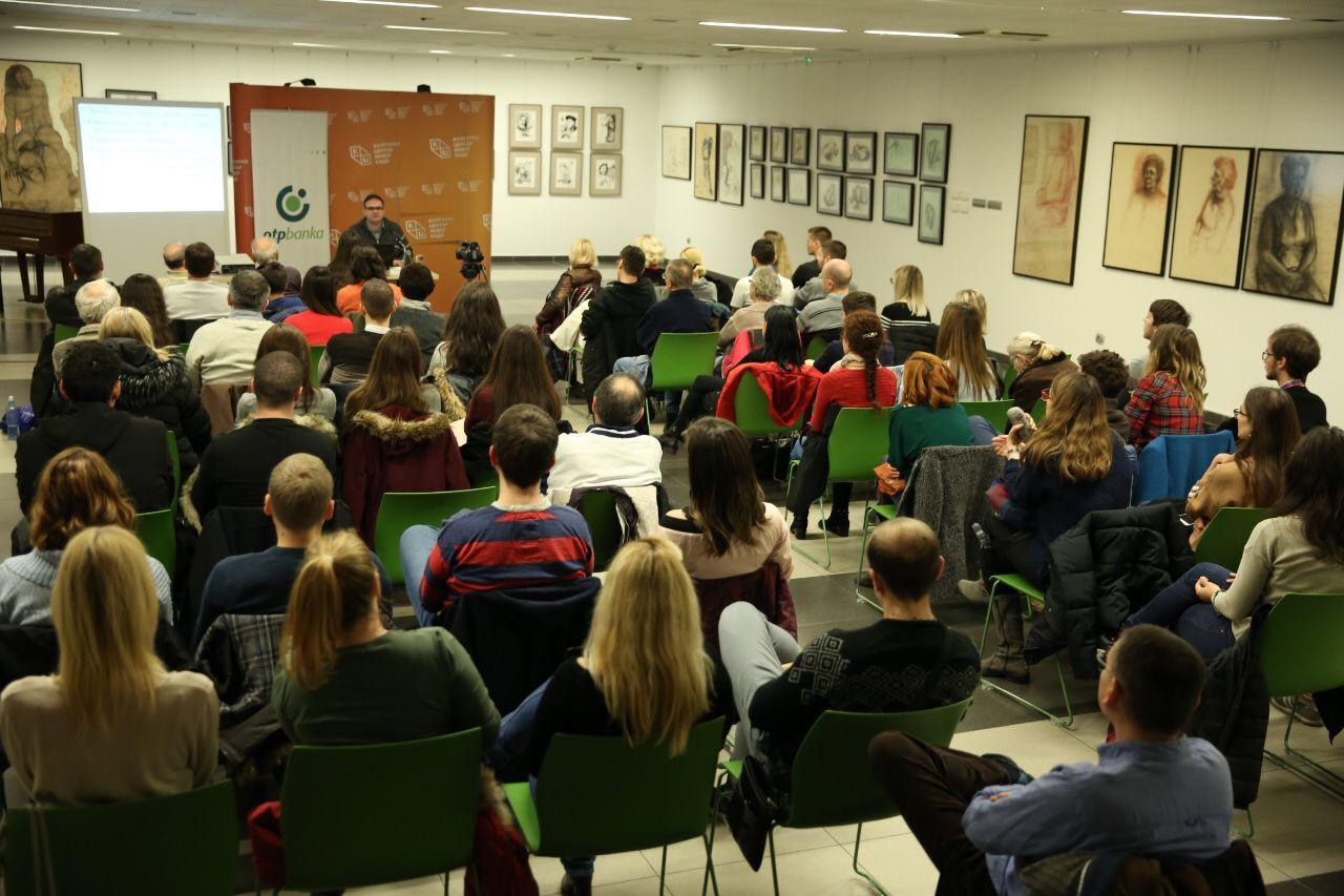 KCNS – Veliko interesovanje građana za predavanje dr Stojkovskog