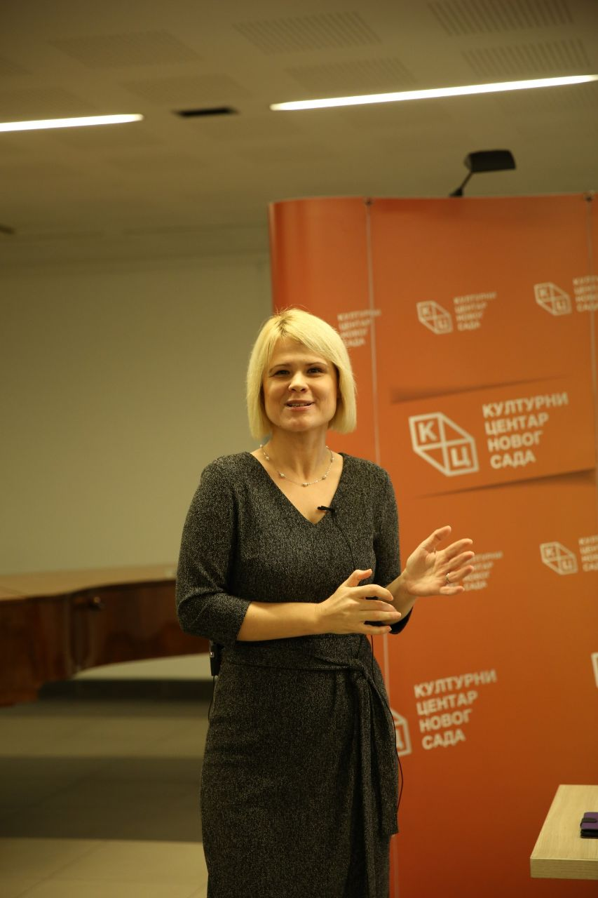 Tribina dr Todorović Lazić o evroskepticizmu izazvala budnu pažnju Novosađana