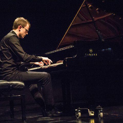 Koncert pijaniste Andrije Jovovića 21. marta u Gradskoj kući