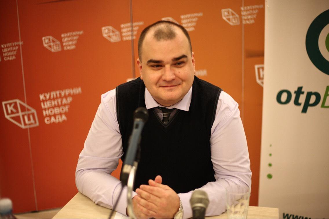 """Tribina """"Kralj Aleksandar I Obrenović """" 22. jula u klubu """"Tribina mladih"""""""