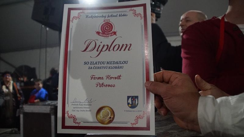 REKORDNA POSETA 5.MEĐUNARODNOM FESTIVALU KOBASICE U BAČKOM PETROVCU