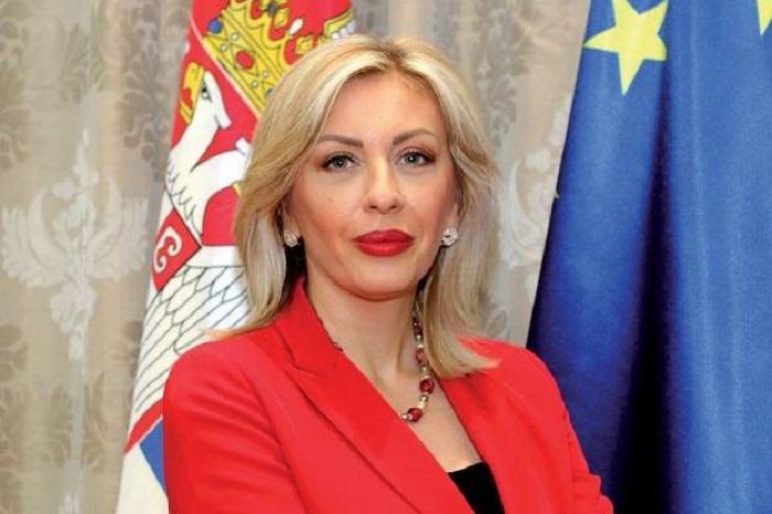 МАЂАРСКА ПОСЛАЛА СРБИЈИ МАСКЕ И ЗАШТИТНА ОДЕЛА