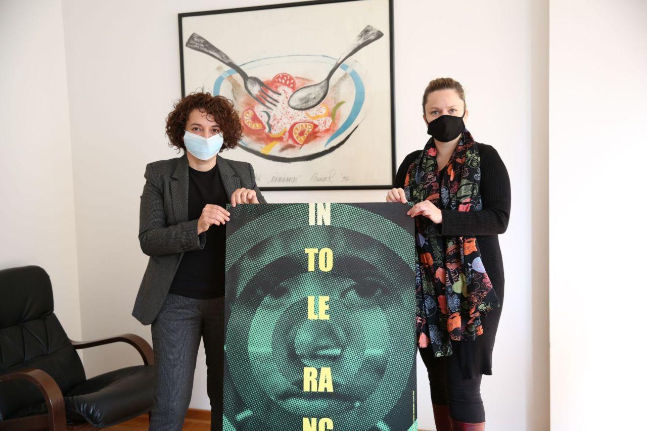 Плакати светског пројекта Tolerance Poster Show уручени Културном центру Новог Сада
