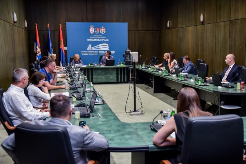 ЗА ОБНОВУ АЛМАШКОГ КРАЈА 35 МИЛИОНА ДИНАРА Саопштење са седнице Покрајинске владе